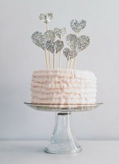 Subtle Valentine's Day Cake: sparkle hearts #ValentinesDay