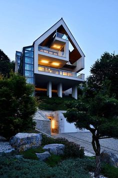 Gorgeous Glass Elevator connects Multiple Levels on Slope House Beautiful Architecture, Interior Architecture, Contemporary Architecture, Contemporary Houses, Organic Architecture, Houses In Poland, Glass Elevator, Residential Architecture, Pavilion Architecture
