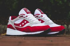 Saucony jump outta the blocks with a new double drop of the Shadow 6000, the 'Running Man Pack'. The red, grey and white number distinctly reminds us of a colab effort by Alife from a while …