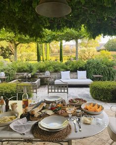 Outdoor Spaces, Outdoor Living, Outdoor Decor, Moving To Italy, Italian Summer, Summer Dream, Summer Aesthetic, Classy Aesthetic, Architecture