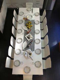 Imagen real de mesa consola extensible banca abierta en 3 metros de largo, 14 personas Magic, Decorating, Kitchen Tables, Kitchens, White Wood, Decoration Home, Live Action, Decor, Decoration