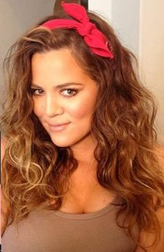 Khloe Kardashian in Curly Hair - 11 photos - Celebrities Photos