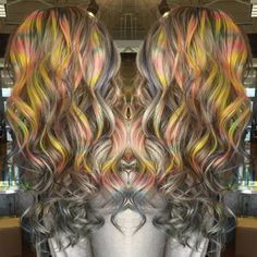 Tye dye hair is the latest and craziest trend for coloring your hair. Bright Hair Colors, Hair Dye Colors, Colorful Hair, Tie Dye Hair, Dyed Hair, Brown Hair Looks, Color Your Hair, Pastel Hair, Hair Photo