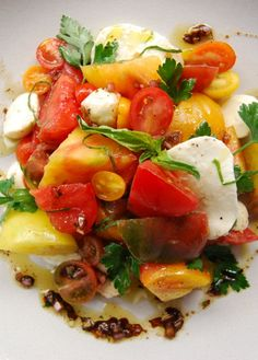 Low FODMAP Recipe and Gluten Free Recipe - Heirloom tomato and mozzarella salad