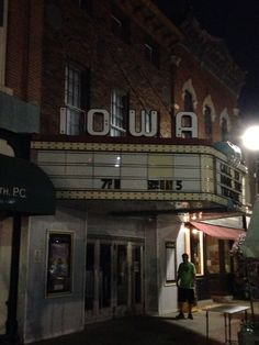 Iowa Theatre - I went to a couple of theatres like this in Fort Dodge, Iowa.  One of them was the Rialto!  - I sure remember the Rialto!!!