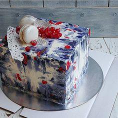 Ну, что, все уже сделали тыквенные печеньки по рецепту из прошлого поста?) Два человека мне уже написали, что вкусноА на фото кубический торт Хотя такую форму я не планировала вводить в ассортимент, но что делать, если именинница - дизайнер