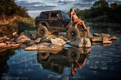 Jeep Girl on rocks Jeep 4x4, Jeep Truck, Jeep Willys, Trucks And Girls, Car Girls, Girls 4, Samurai, Jeep Baby, Pin Up