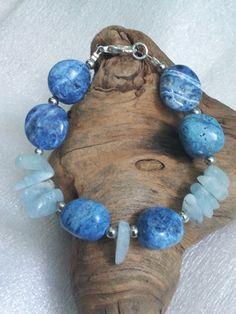 Bracelet aigue-marine naturelle et sodalite - Bracelet de pierres fines. : Bracelet par la-rose-des-sables