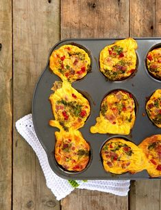 Enkle omelettmuffins - LINDASTUHAUG Quiche, Pizza, Food And Drink, Keto, Baking, Breakfast, Drinks, Pai, Omelet
