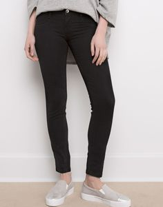 Pull & Bear 15 € :JEGGING BASIC