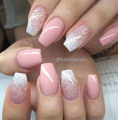 Pink and glitter color combo gorgeous nails, pretty nails, blush pink nails Pink Glitter Nails, Fancy Nails, Trendy Nails, Cute Nails, Dusty Pink Nails, Nail Pink, Color Powder Nails, Gel Powder Nails, Pink Ombre Nails