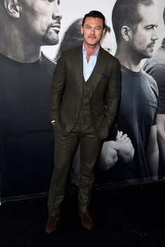Luke Evans in three-piece Thom Sweeney at 'Furious 7' premiere #suits