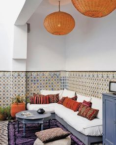 Learn how to incorporate a Middle Eastern vibe into your home with some lovely Moroccan style and design ideas. Moroccan Design, Moroccan Decor, Moroccan Style, Moroccan Lounge, Ethnic Decor, Moroccan Rugs, Design Marocain, Interior And Exterior, Interior Design