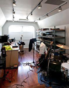 I wish I had a recording studio!