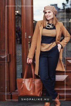 A barna szín egyáltalán nem unalmas! Idén ősszel nagyon divatos a lágy mandulabarna, a gazdag mogyoróbarna, a kávéárnyalat és az aranyló tejkaramella tónus. A klasszikus barna pulóverek és kabátok mellett próbáld ki a nőies szoknyákat és ruhákat is. Remekül harmonizál ezzel a színnel a kék hűvössége, a rózsaszín és a bordó pedig nőiessé teszik. Egy izgalmas kombóért próbáld ki narancssárgával is. A fekete-barna páros azonban rizikós. #őszidivat #outfittippek #színtendek #divattipp Parka, Outfits, Suits, Kleding, Parkas, Outfit, Outfit Posts, Clothes