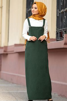 Modest Fashion Hijab, Hijab Casual, Hijab Outfit, Islamic Fashion, Muslim Fashion, Chic Outfits, Dress Outfits, Fashion Outfits, Midi Skirt Casual