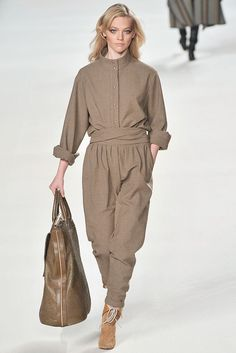Chloé Fall 2009 Ready-to-Wear Fashion Show - Sasha Pivovarova