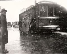 Springfield, IL Trolley Car 1929. 200 block of S. 5th Street. Courtesy of Springfield Rewind and Sangamon Valley Archives.