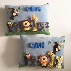 Can&Cem ikizlerin takı yastıkları🖤 #keçe #felt #feltro #fieltro #yastik #takiyastigi #safari #ecerce #tasarim #babyroom #babyroomdecor #elyapimi #handmade #hediye #baby #babyshower #bebekodasi #babyshower #nursery #nurserydecor #dogumhediyesi #hosgeldinbebek #bebekhediyesi #craft #feltcraft #babyboy #twins