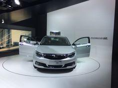 Qoros 3 Sedan. Den eneste kinesiske bilproducent på udstillingen. Men med en europæisk udseende bil; som har fået 5 stjerner i Euro NCAP!