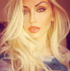 Pretty Makeup & Hair