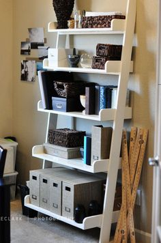 DIY Leaning Wall Shelf | Click Pic for 25 DIY Small Apartment Decorating Ideas on a Budget | Organization Ideas for Small Spaces