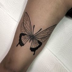 Learn more about tattoo styles and the work of Andrey Ivo - andreynk_ (Tattoo artist). Mini Tattoos, New Tattoos, Small Tattoos, Design My Tattoo, Tattoo Designs, Piercing Tattoo, Piercings, Simplistic Tattoos, Tattoo Feminina