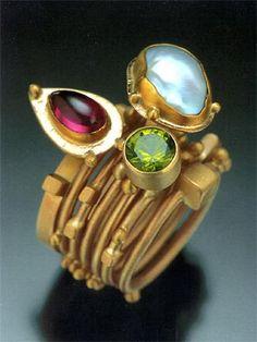 Seven stackable rings by Isabelle Posillico, & gold, peridot, keshi pearl, rhodolite garnet. Sea Glass Jewelry, Stone Jewelry, Jewelry Art, Jewelry Rings, Silver Jewelry, Jewelry Accessories, Jewelry Design, Silver Rings, 925 Silver