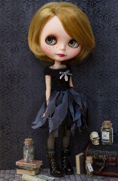 Blythe Halloween dress # Blythe black dress