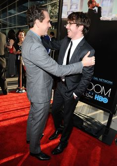 """<3  <3  <3  John Gallagher Jr. Photo - Premiere Of HBO's """"The Newsroom"""" - Red Carpet"""