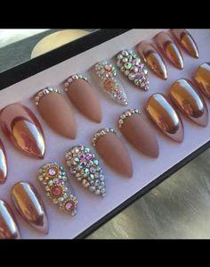 Dashing Diva Design Nails on the Go | nail art | Gold ...