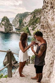 "27 Engagement Photos That Inspire To Say ""Yes"" 