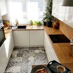 44 best small kitchen design ideas for your tiny space 5 French Kitchen Decor, Kitchen Decor Themes, Modern Kitchen Design, Rustic Kitchen, Home Decor, Kitchen Ideas, Kitchen Designs, Kitchenaid, Small Apartment Kitchen