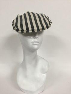 Striped flat cap, black and white-Size M Nautical Knots, Striped Flats, Flat Cap, Men's Hats, Hats For Men, Black And White, Fashion, Black White, Moda