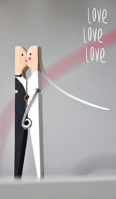 blick7: newlyweds from clothespins [DIY] and the duties of a maid of honor ähnliche tolle Projekte und Ideen wie im Bild vorgestellt findest du auch in unserem Magazin . Wir freuen uns auf deinen Besuch. Liebe Grüße