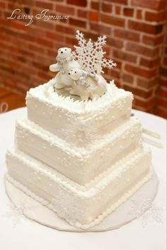 Elegant cake with a winter woodland theme! Description from pinterest.com. I searched for this on bing.com/images
