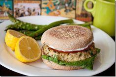 Lemon garlic tuna burgers