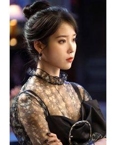 Photo album containing 157 pictures of IU Korean Actresses, Actors & Actresses, Korean Beauty, Asian Beauty, Foto Snap, Korean Celebrities, Celebs, Korean Girl, Asian Girl