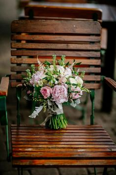 get inspired by one of the most romantic and sweet colors – blush pink! This tender color makes everything look beautiful, harmonious and so lovely! Pink Bouquet, Bouquets, Blush Pink Weddings, Bridal Show, Most Romantic, Floral Design, Wedding Inspiration, Outdoor Decor, Beautiful