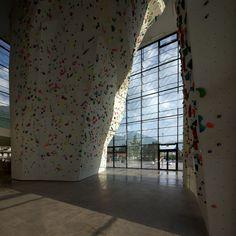 Gallery of Indoor Rock Climbing / W. Meraner - M. Mutschlechner - 14