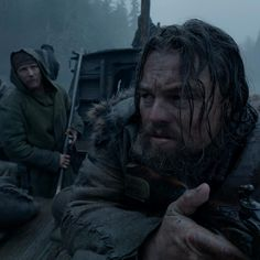 Tom Hardy with Leo DiCaprio - The Revenant The Revenant Movie, Will Poulter, Domhnall Gleeson, Western Film, Good Movies, Awesome Movies, Mountain Man, Tom Hardy, Barbarian