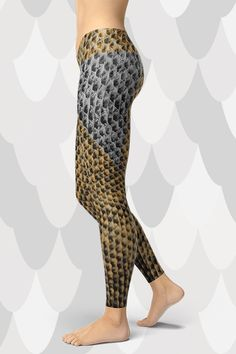 Handmade quality that is made to last. The super unique Reptile Leggings are super soft and comfortable to wear. Gym Leggings, Tight Leggings, Sport Outfits, Activewear, Hug, Looks Great, Tights, Stockings, Shapes