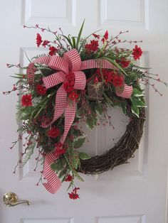 New Double Red Front Door Wreaths Ideas Unique Front Doors, Front Door Decor, Wreaths For Front Door, Diy Wreath, Grapevine Wreath, Wreath Ideas, Fall Wreaths, Christmas Wreaths, Floral Wreaths