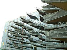 VM Houses / PLOT = BIG + JDS