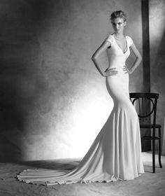 Kleid Irune, im Meerjungfrau-Stil mit V-Ausschnitt