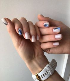 After reading so many nail art recommendations in the spring, have you found your favorite nail style? Come share my favorite romantic spring short nails today. Short Nail Manicure, Diy Nails, Cute Nails, Pretty Nails, Gel Nail, Glitter Nails, Minimalist Nails, Short Nails Art, Long Nails