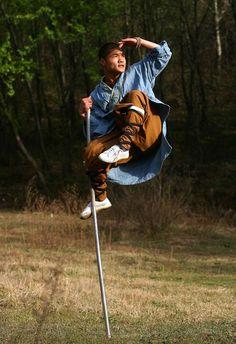 happytabby:    Staff balance, Shaolin monk.