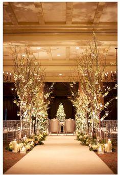 awesome 50 Best Simple Winter Wedding Ideas for This Year https://viscawedding.com/2017/10/07/50-best-simple-winter-wedding-ideas-year/
