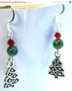 Christmas in July Holiday Earrings Christmas Tree by lindab142, $10.63