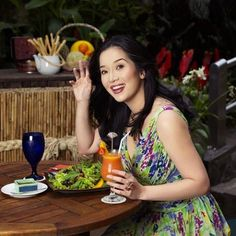 Kris Aquino: She is lively,happy and generous.She looks at life beautifully and is very down to earth. Earth, Content, Happy, People, Life, Beautiful, Ser Feliz, People Illustration, Folk